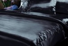Черный однотонный шелк
